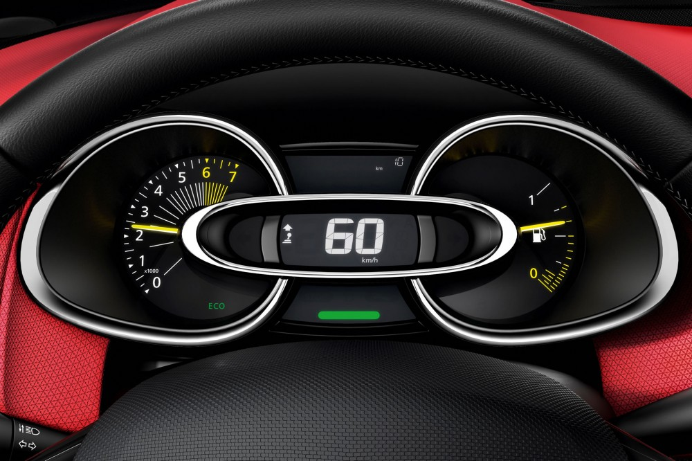 The dashboard of the new Clio