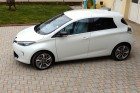 Side view of the Renault ZOE.