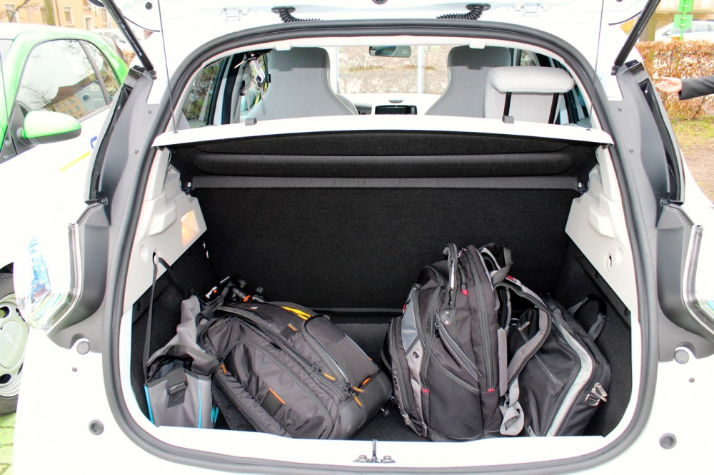 we left quite a few bags in the trunk clean car journal. Black Bedroom Furniture Sets. Home Design Ideas