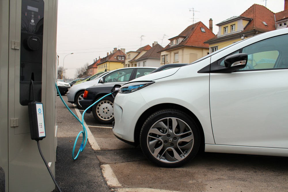 We attended these charging points's unveiling in Strasbourg.